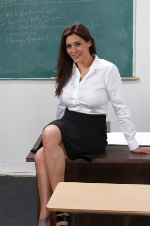 Naked solo teacher pics